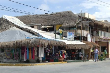 Straße in Puerto Morelos