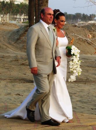 die Braut mit ihrem Vater